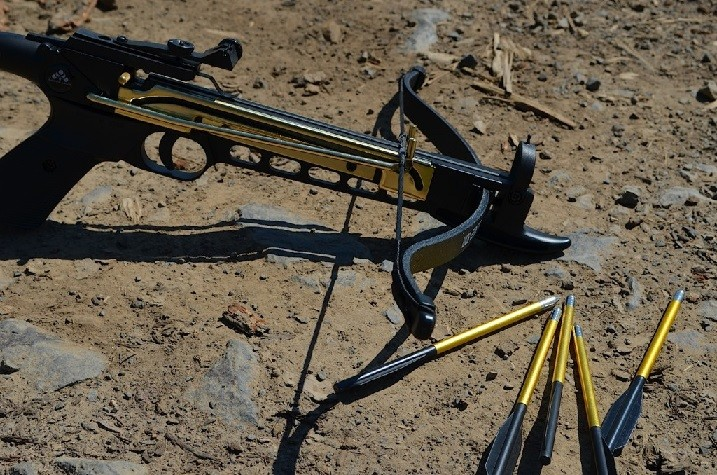 Review of the cobra self cocking pistol crossbow