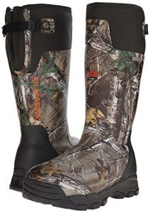 Best Hunting Boots for 2020 - Keep Warm In Cold Weather